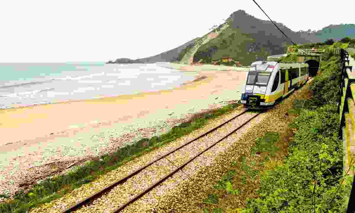 Coastal views on the Slow Train route (Inntravel)