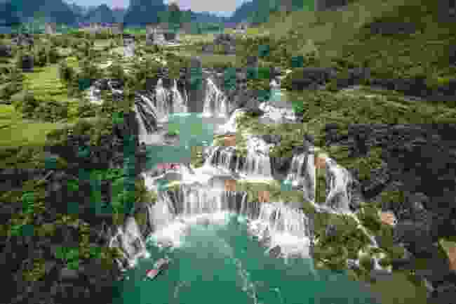 The magnificent Ban Gioc Waterfall (Shutterstock)