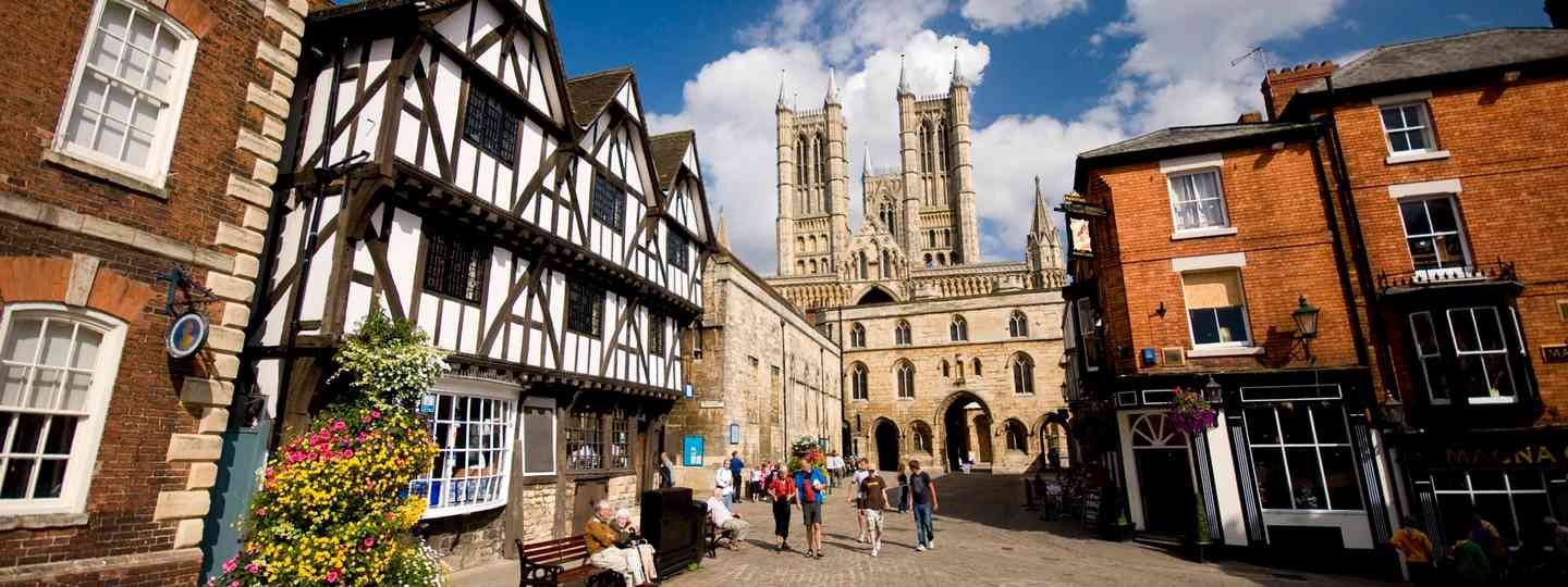 The Cathedral Quarter (VisitLincoln.com)