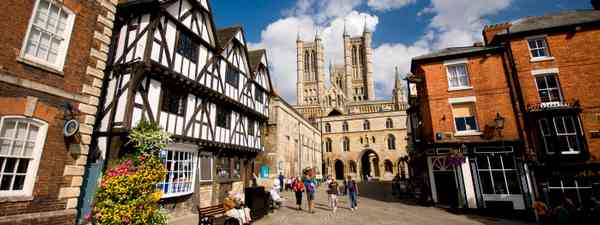 The Cathedral Quarter (VisitLincoln.com)