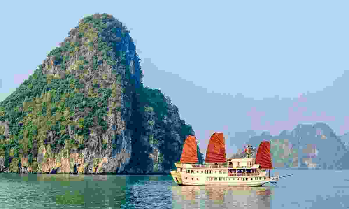 Tourist boat on Halong bay, Vietnam (Dreamstime)