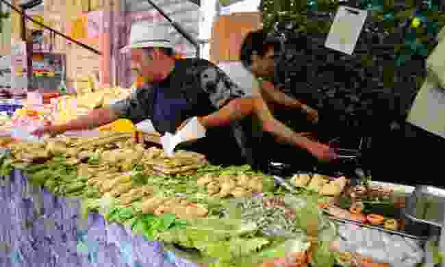Panelle and arancini at Capo Market (Andrea Moreno)
