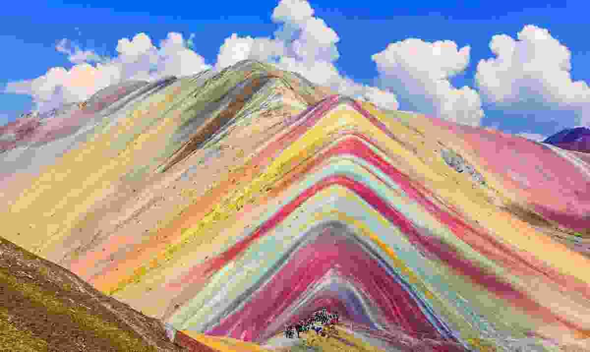 The multi-coloured Rainbow Mountain (Dreamstime)