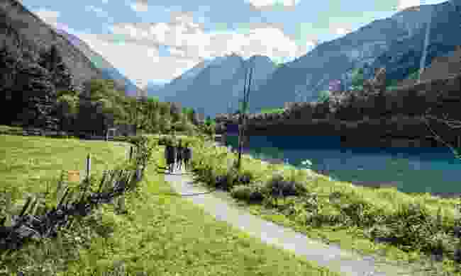 Walking along Klammsee Kaprun (Zell am See-Kaprun)
