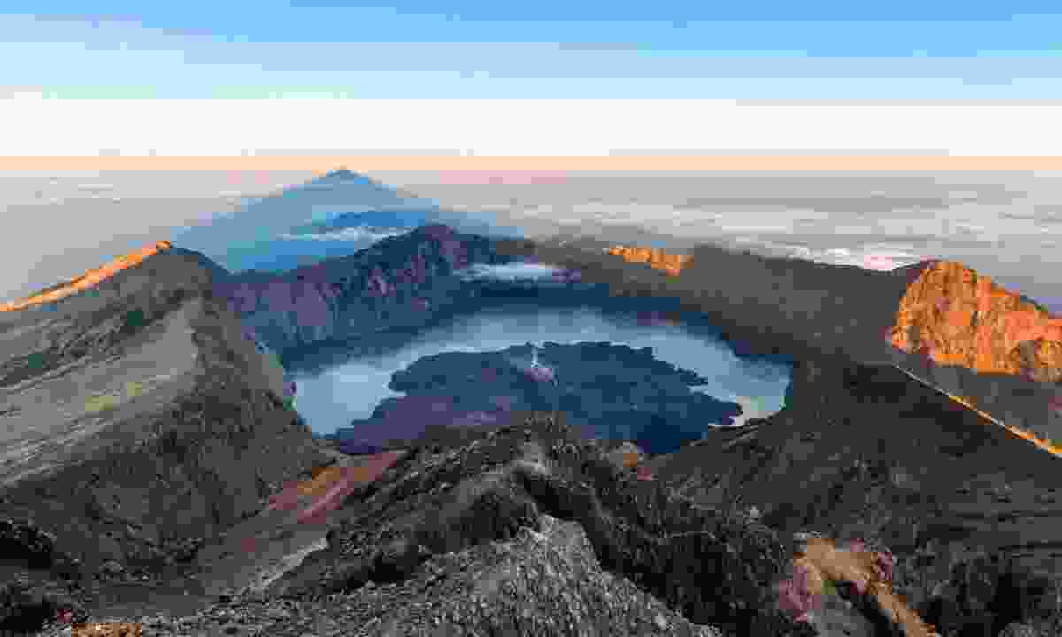Mount Rinjani (Dreamstime)