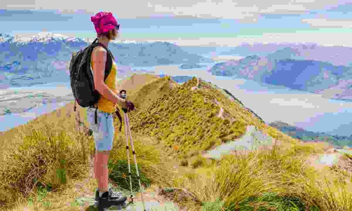 Hiking in New Zealand (Shutterstock)