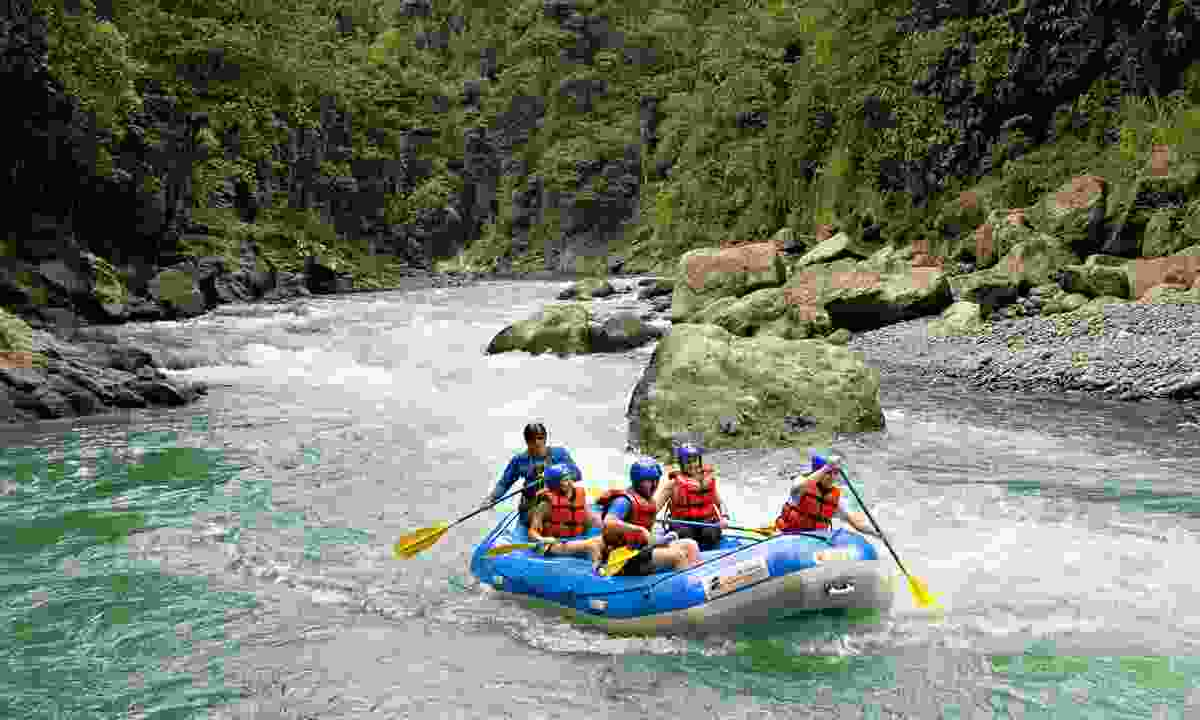 Rafting the Pacuare River (Pacuare Lodge)