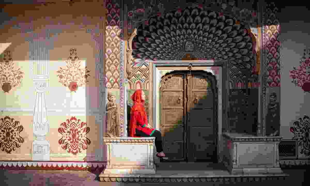 Lotus gate in City Palace of Jaipur (Dreamstime)