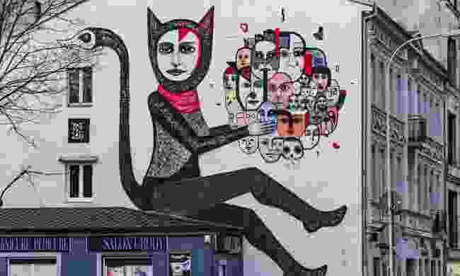 Street art mural in Lodz, Poland (Shutterstock)
