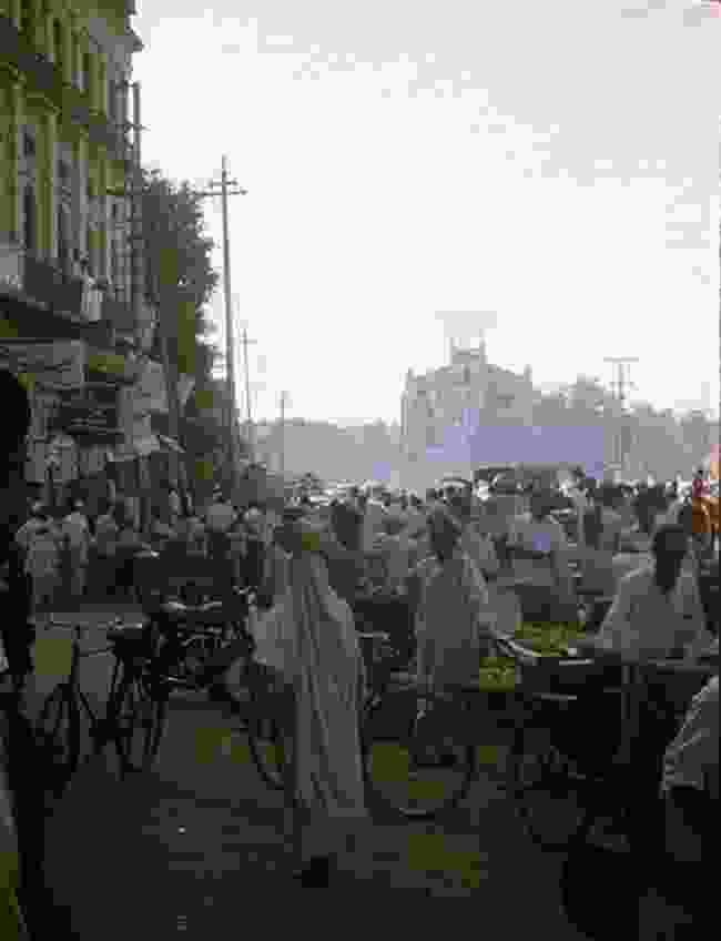 A street in Peshawar, Pakistan, in 1973 (Martin Yeoman)