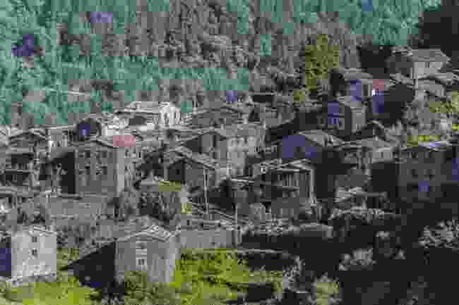 A historic Schist village in Serra da Lousã (Shutterstock)