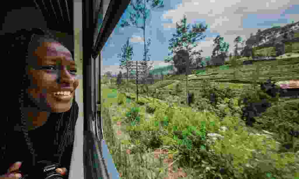 Train ride through the tea fields (Intrepid Travel)