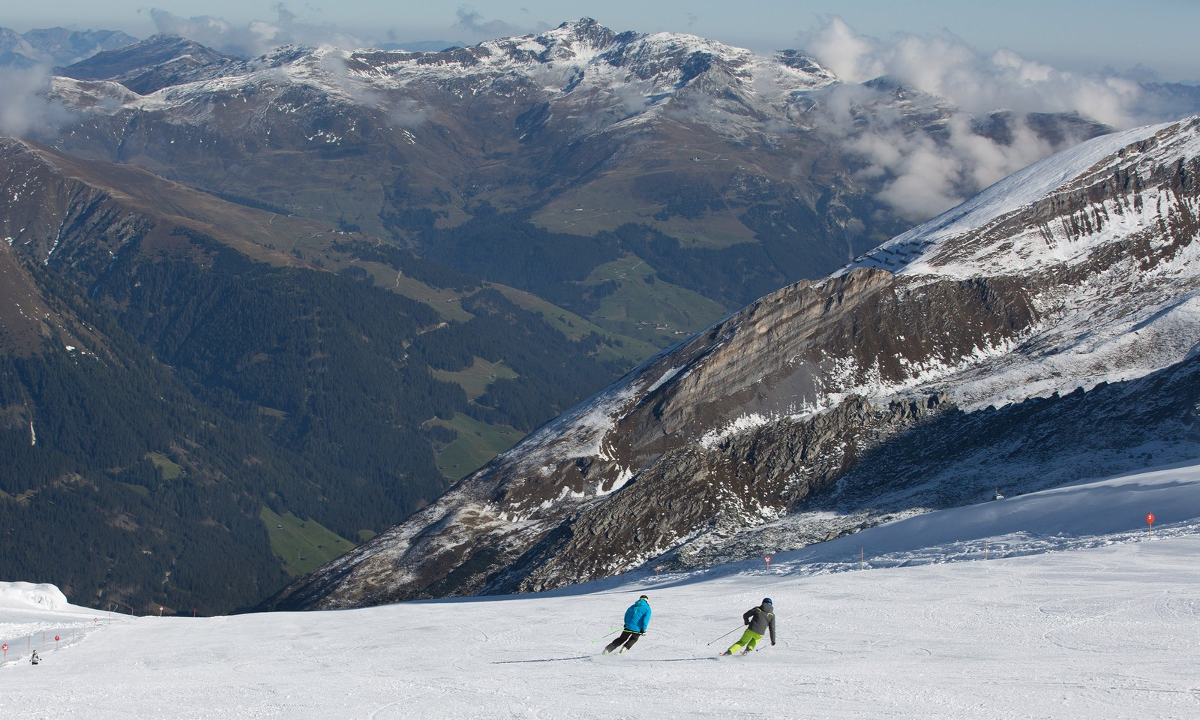 Summer skiing at the Hintertux Glacier (Austrian Tourismus)
