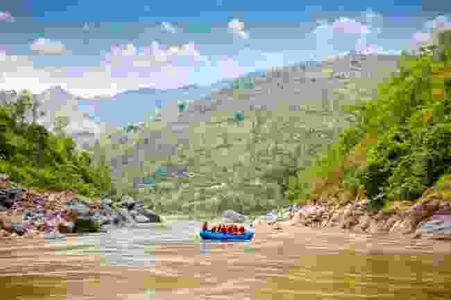 Rafting in Nepal (Shutterstock)