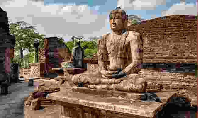 Buddhist statues in the ancient city of Polonnaruwa (Shutterstock)