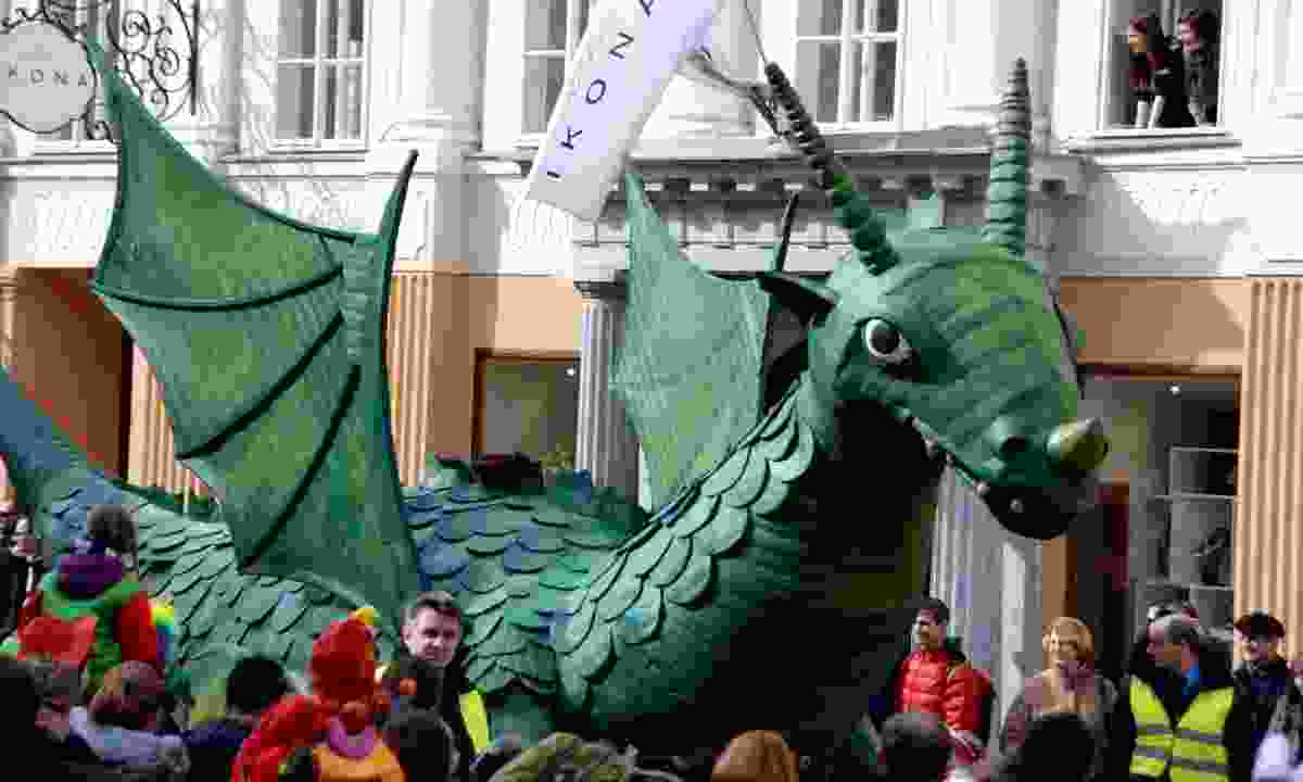 The Dragon Carnival parade (Dreamstime)