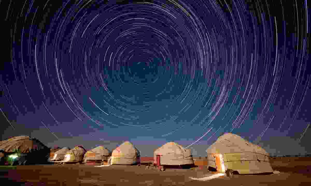 The night sky over the Kazylkum desert (Dreamstime)