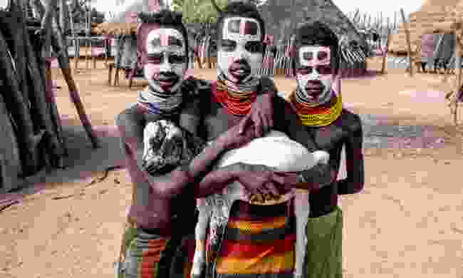 Karo tribe in Omo Valley (Shutterstock)
