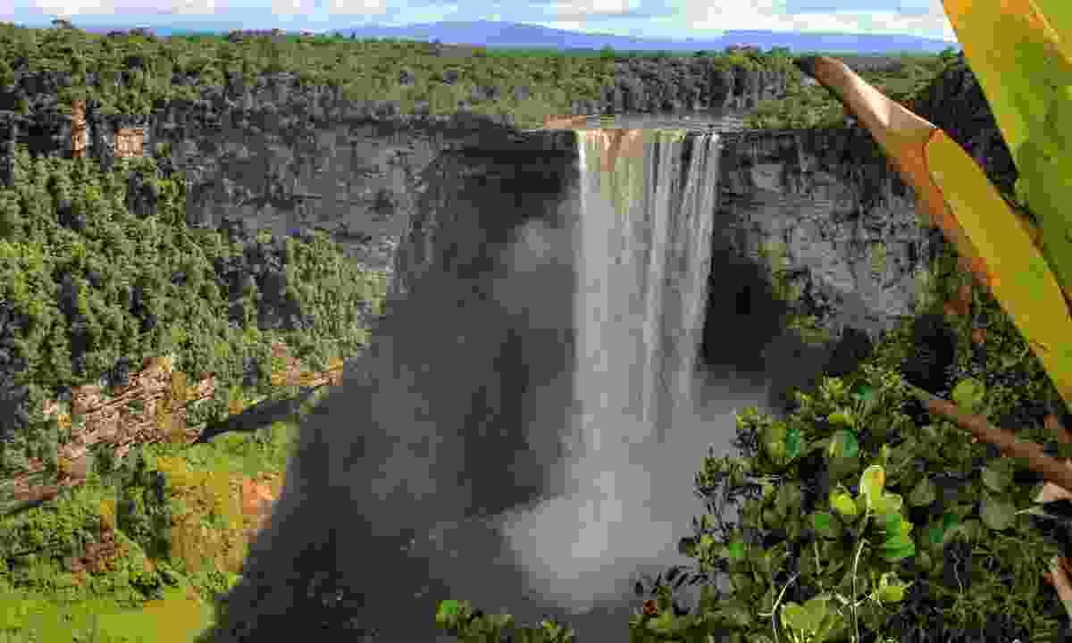 Kaieteur Falls, Guyana (Dreamstime)