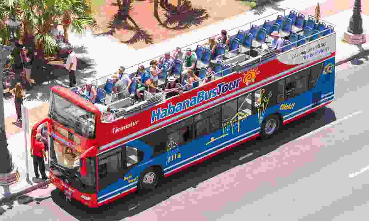 Havana bus tour, Cuba (Dreamstime)