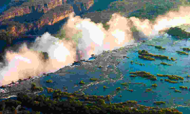 Devil's Pool, Victoria Falls (Shutterstock)