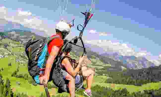 Paragliding in the Austrian Tirol (Wildschönau Flugschule/ Hannes)