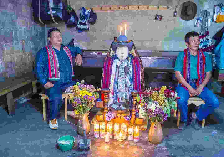 Shrine of El Maximon in Santiago De Atitlán (Shutterstock)