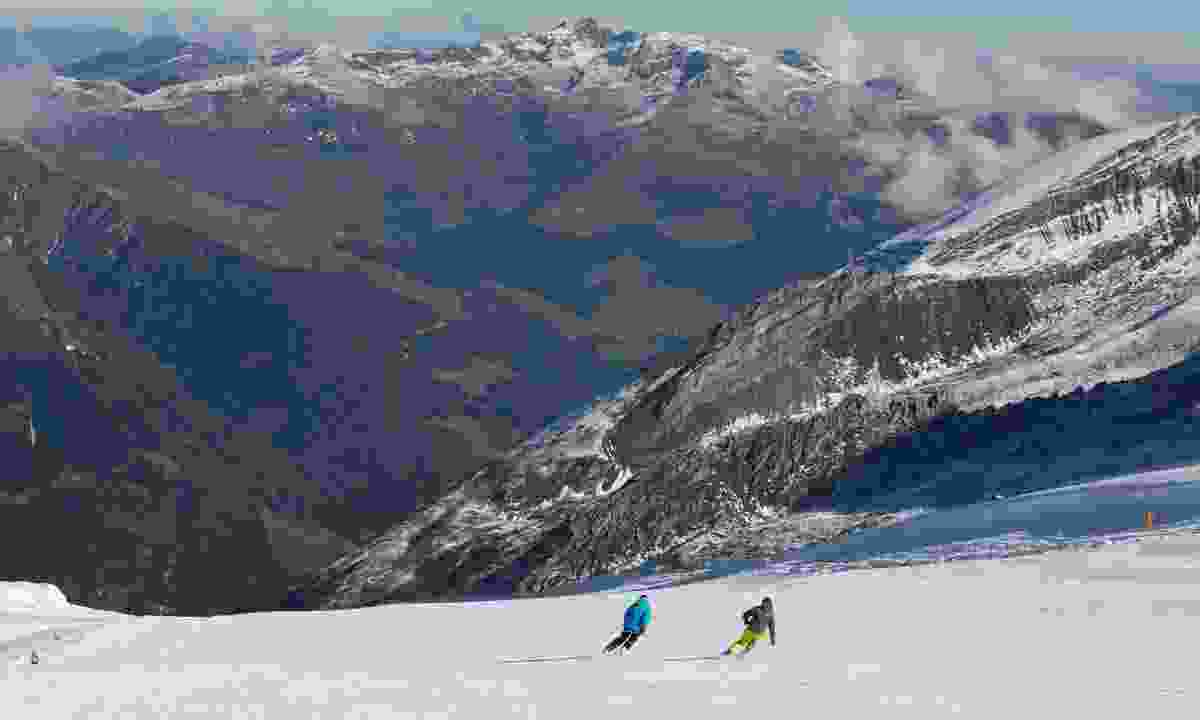 The year-round Hintertux Glacier (Zillertal Tourismus/ Becknaphoto)