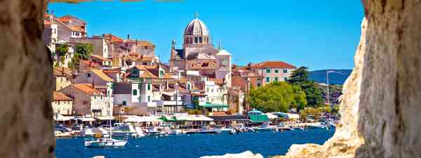 A view of Sibenik through a waterside cover (Shutterstock)