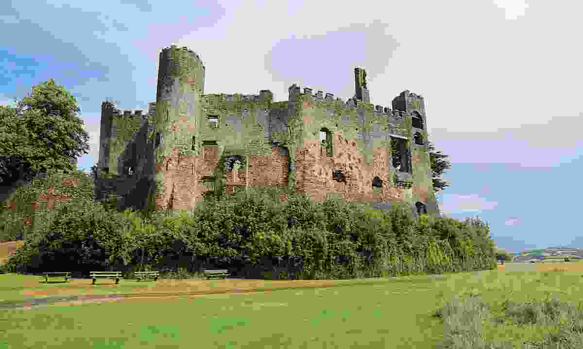 The ruins of Laugharne Castle (Graeme Green)