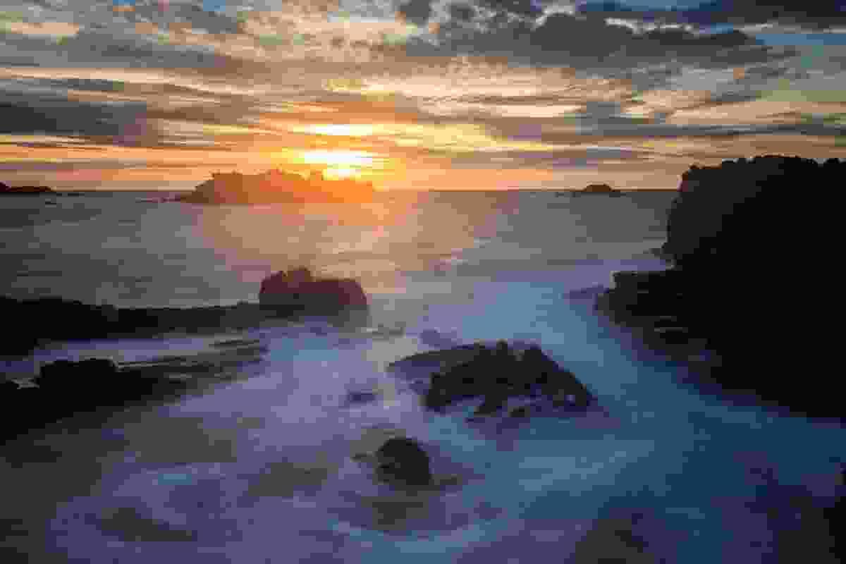 Sunset at Cobo Bay, Guernsey (Shutterstock)