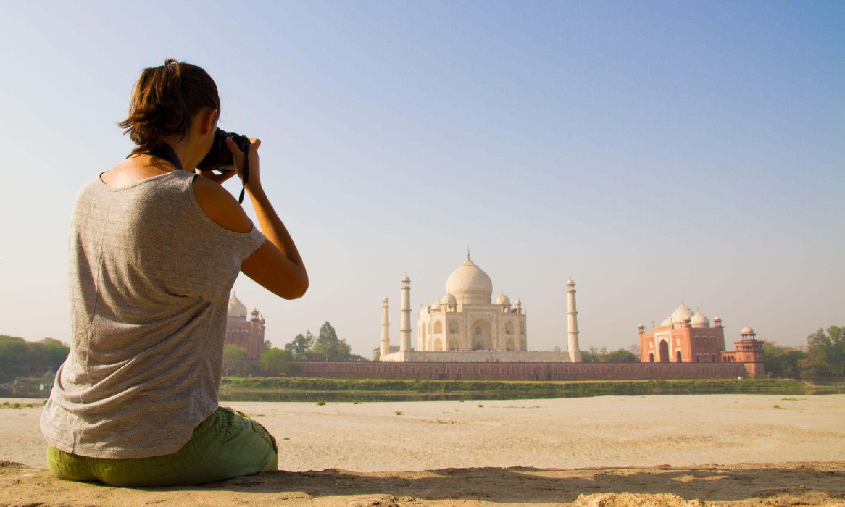 Taj photographer (Shutterstock)