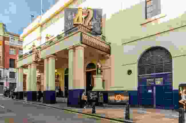 View of the Theatre Royal Drury lane theatre in Covent Garden in London (Shutterstock)