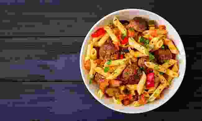 Cook Italian food (Shutterstock)