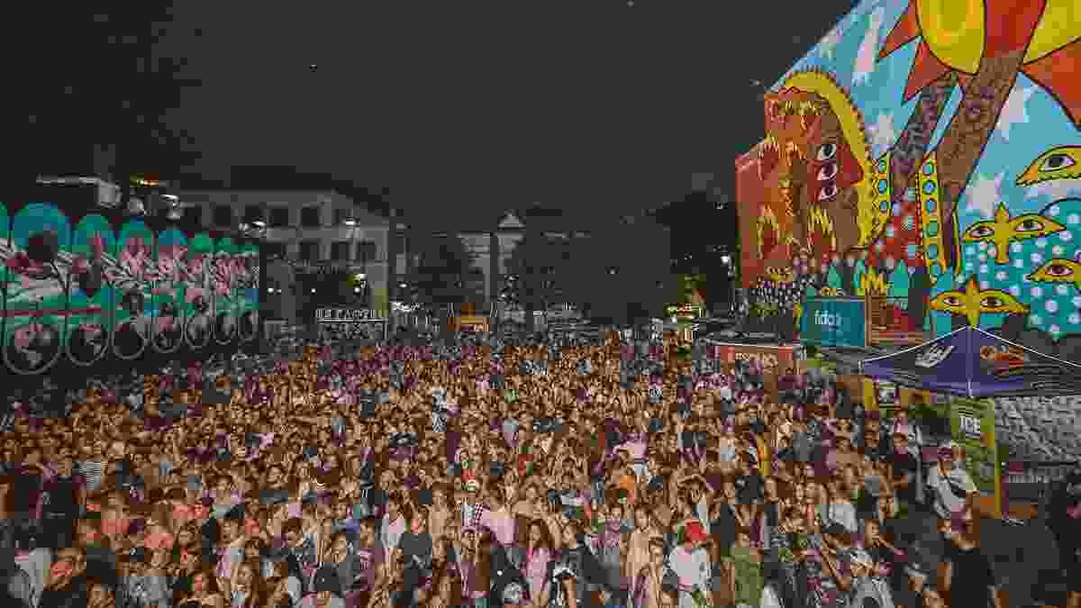 Crowds enjoying Mural Festival in Montreal (Mural Festival)