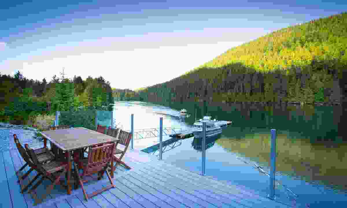 The front deck of Spirit Bear Lodge (Spirit Bear Lodge/Cael Cook)
