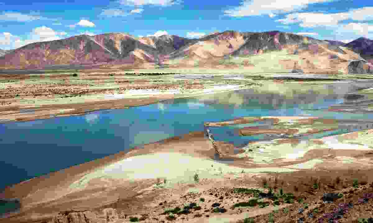 The Brahmaputra in Tibet (Dreamstime)