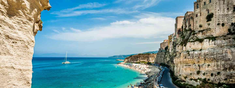 Tropea Beach, Calabria (Dreamstime)