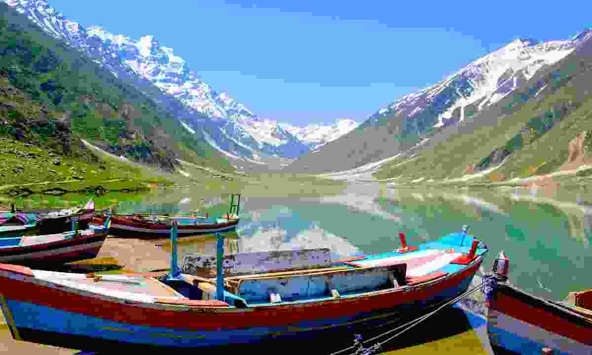 Colourful boats on Saiful Muluk (Shutterstock)