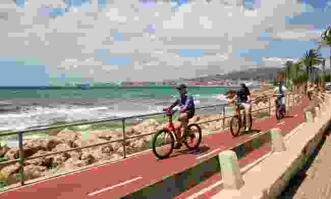 Cycling in Palma (Shutterstock)