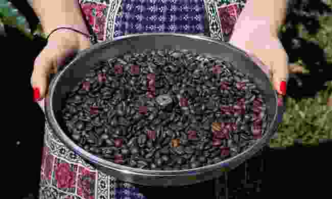 A tray of freshly roasted coffee beans in Boquete (Shutterstock)