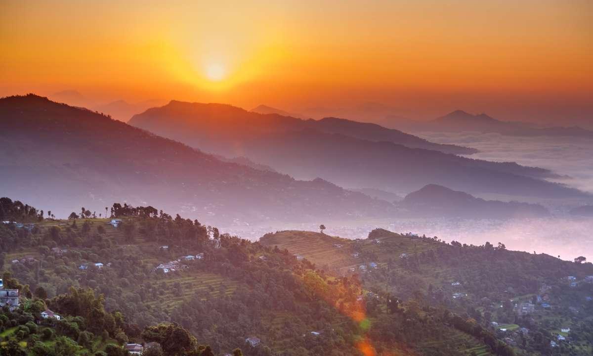 Sunrise at Sarangkot view point (Dreamstime)