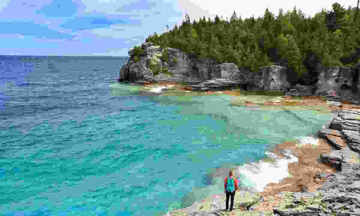 Enjoying the view over the Georgian Bay (Dreamstime)