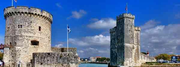 La Rochelle harbour (Dreamstime)
