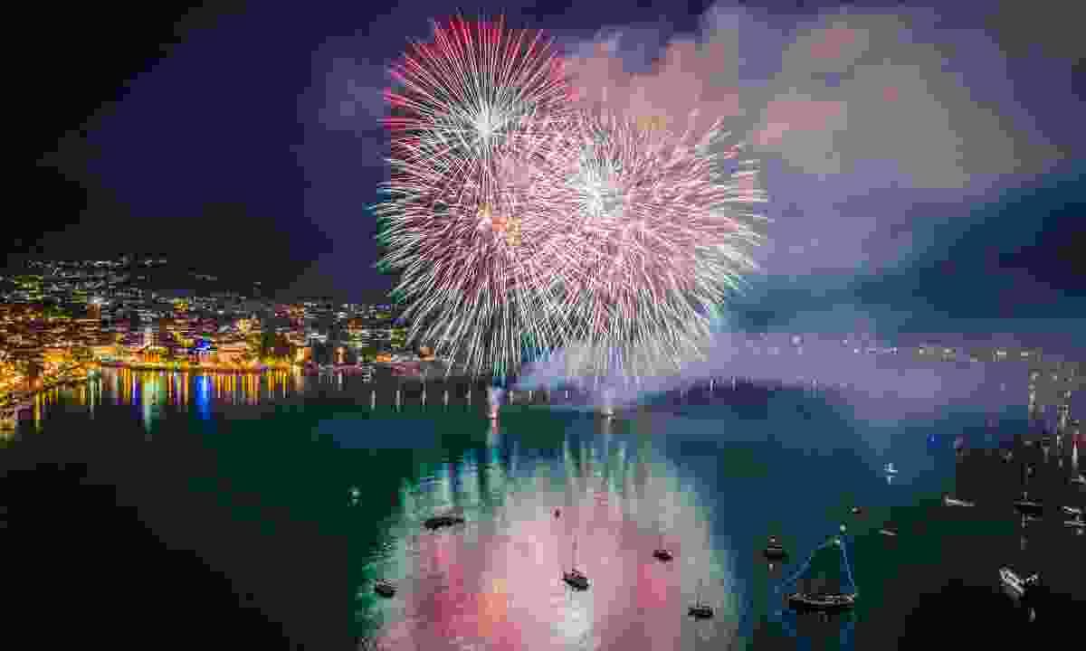 See fireworks explode over the lake at New Year (Mattia Bonavida/ Garda Trentino)