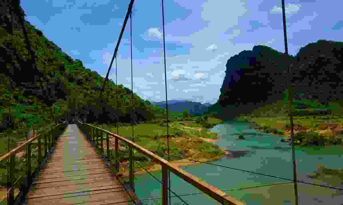 The stunning scenery of Phong Nha Ke Bang National Park, Vietnam (Rickshaw Travel)