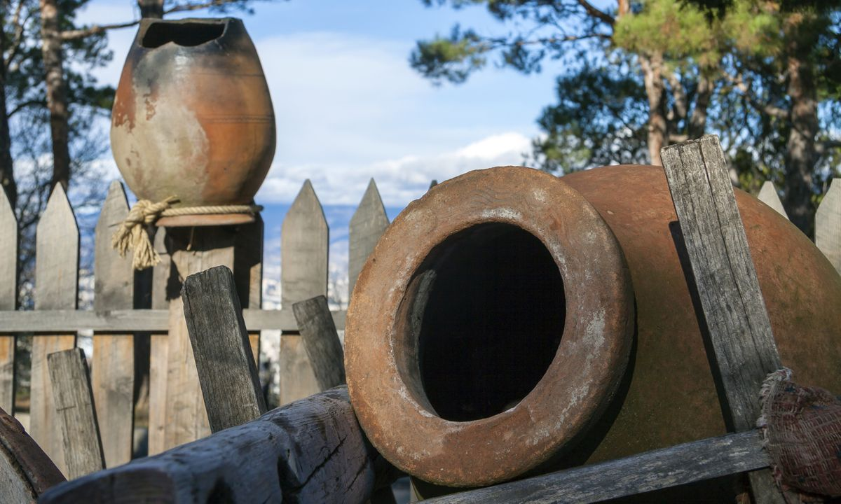 Traditional jugs for wine in Georgia (Dreamstime)