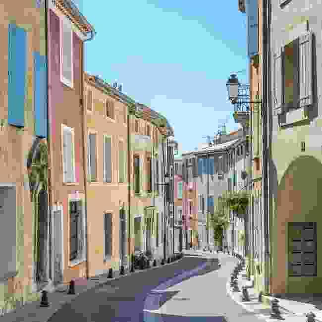 The narrow streets of Saint-Saturnin (Shutterstock)