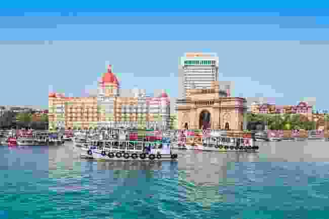 Ferries jostling in front of the Taj Mahal Palace (Shutterstock)