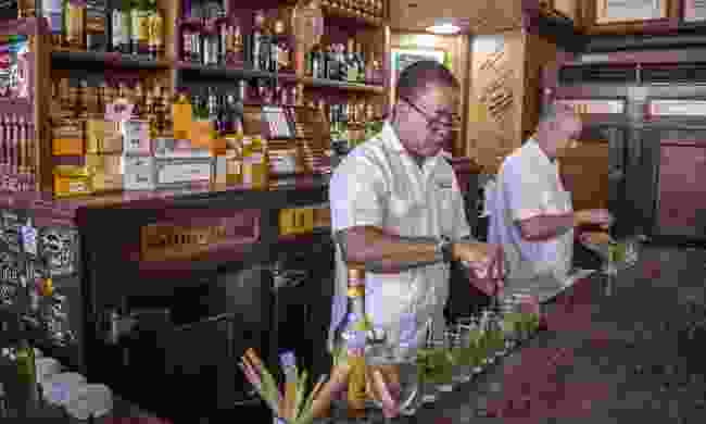Preparing mojitos in Havana (Shutterstock)